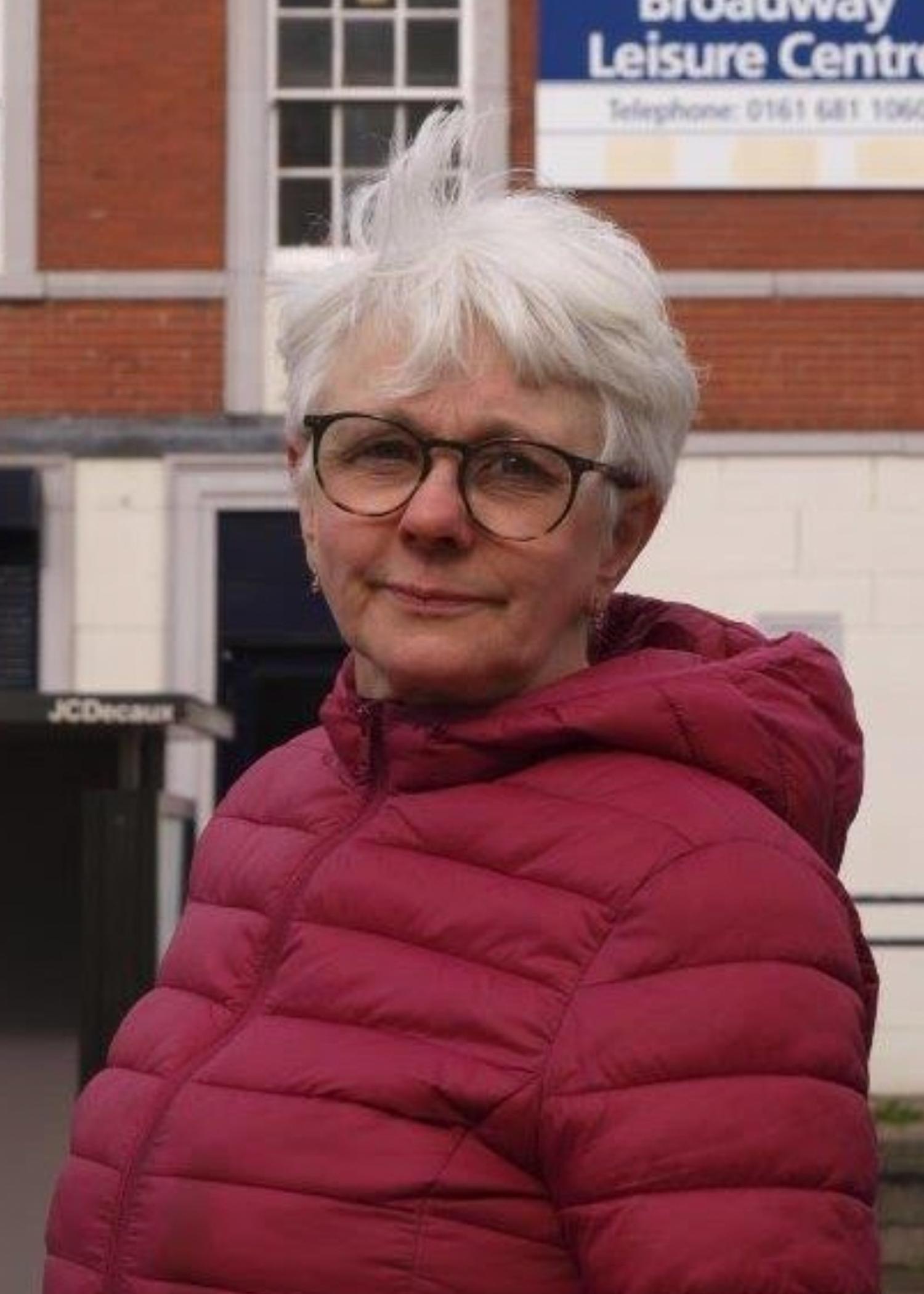 Moston – Diane Kosandiak